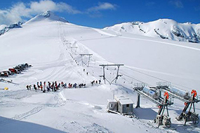 Summer skiing - Stelvio Pass